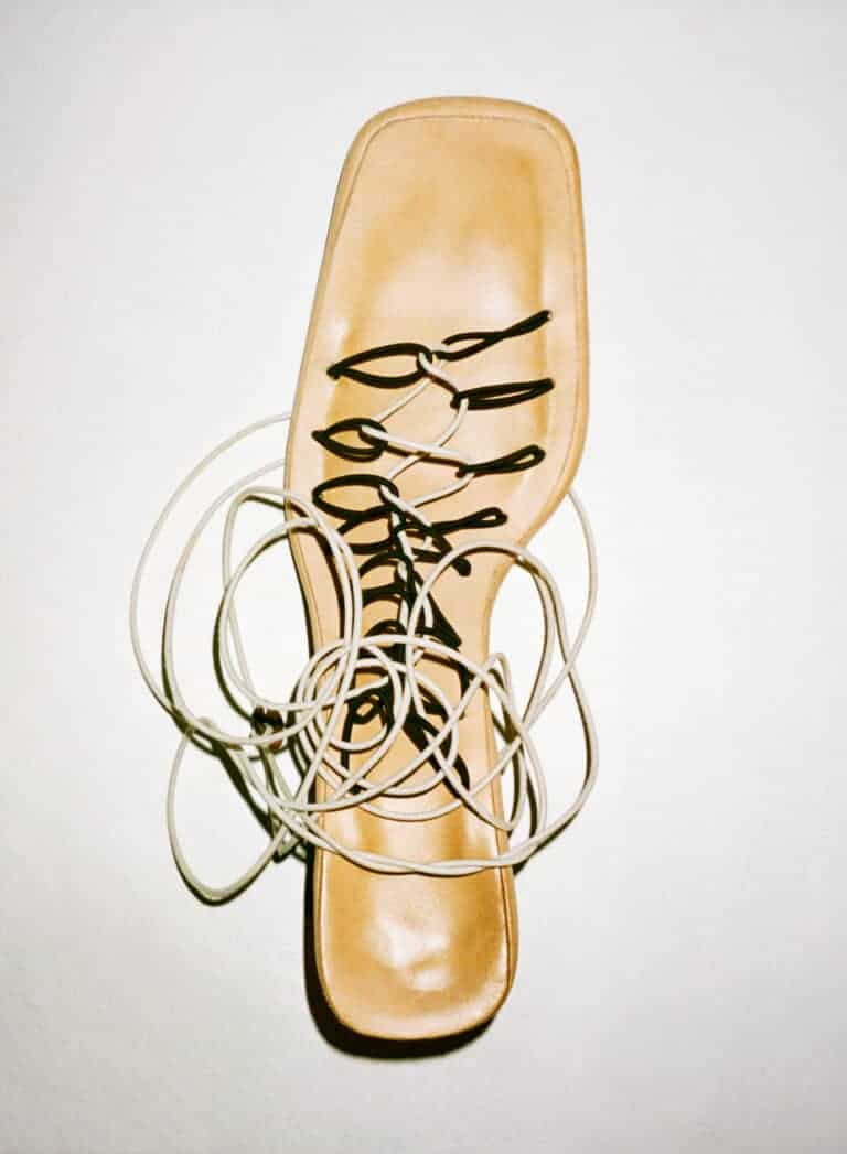 SHOES 100% RECYCLED SHOES COATED WITH VEGETABLE TANNED LEATHER ELASTIC STRAPS FINISHED WITH MOULDED GLASS BEAD HANDMADE IN PARIS FW20 LUCILLE THIEVRE X ATELIER FAUVEL PHOTOGRAPHY ANTHONY SEKLAOUI