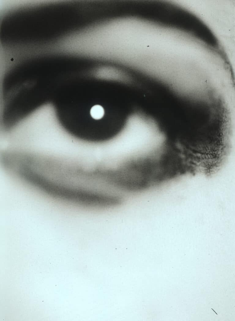 EYE-1990S-POLAPAN-POLAROID-046-PHOTOGRAPHY-MARK-BORTHWICK