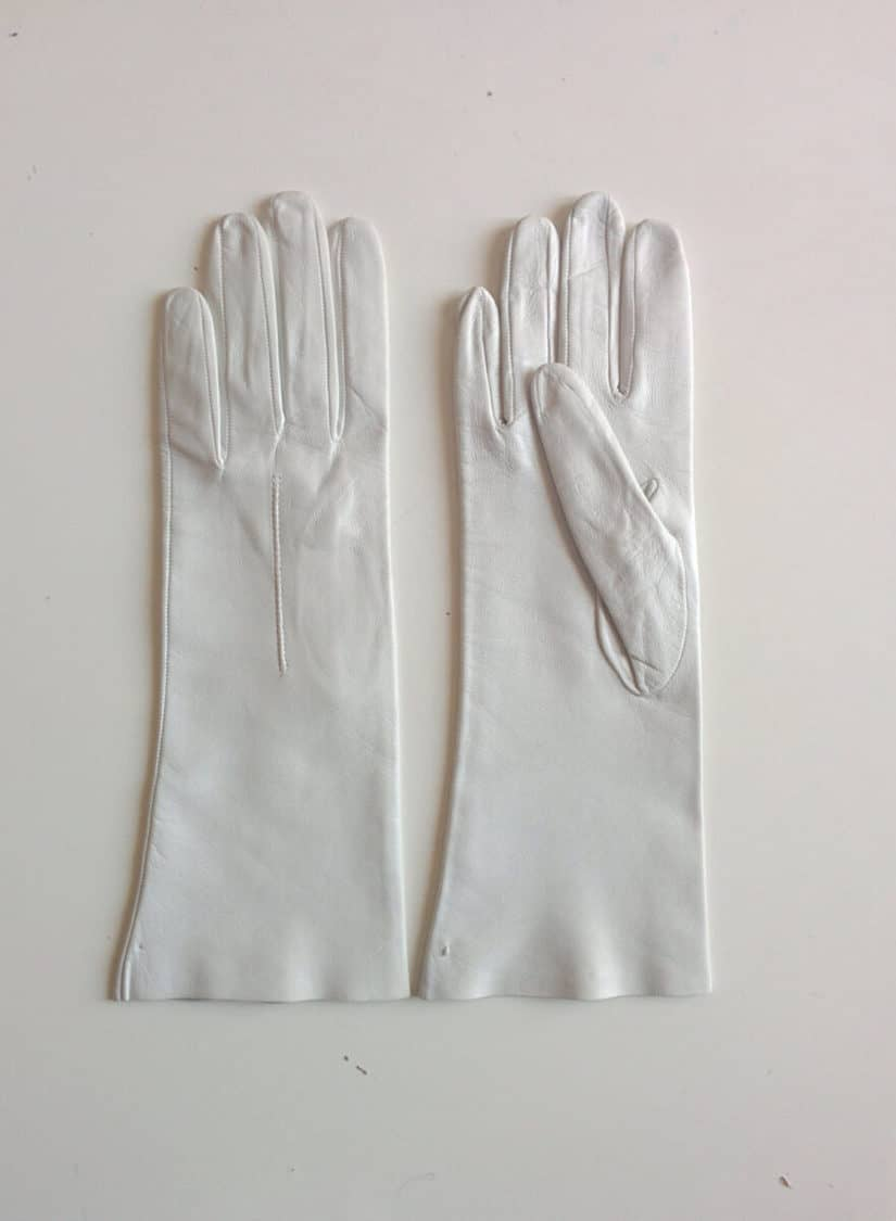 FRENCH WHITE LEATHER GLOVES