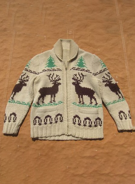 RAINDEER SWEATER