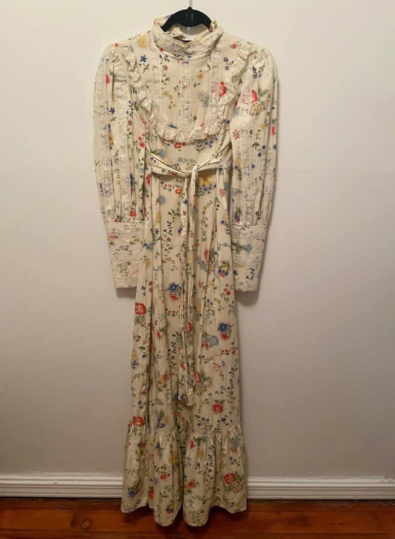 GUNNE SAX 1970s Lace Empire Tie Yellow Floral Print Edwardian Maxi Long Dress