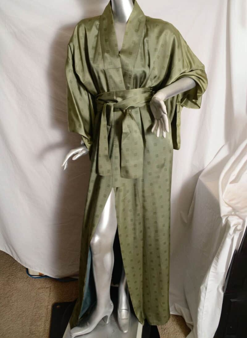 GUY LAROCHE Pale Green with Logo Robe Kimono