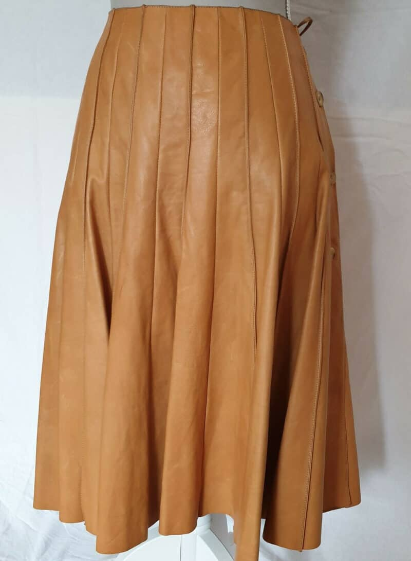 HERMÈS BEIGE LEATHER SKIRT