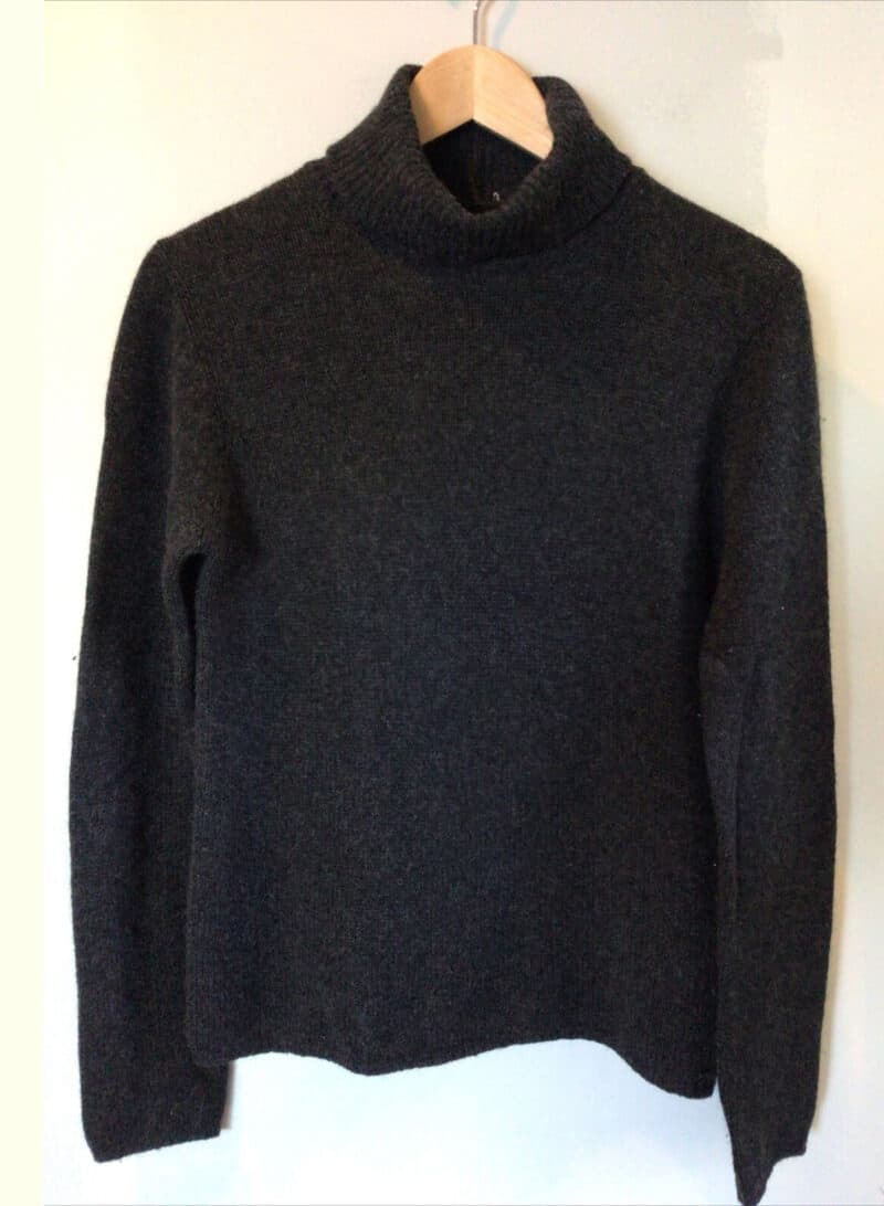 PRADA GREY CHARCOAL TURTLENECK