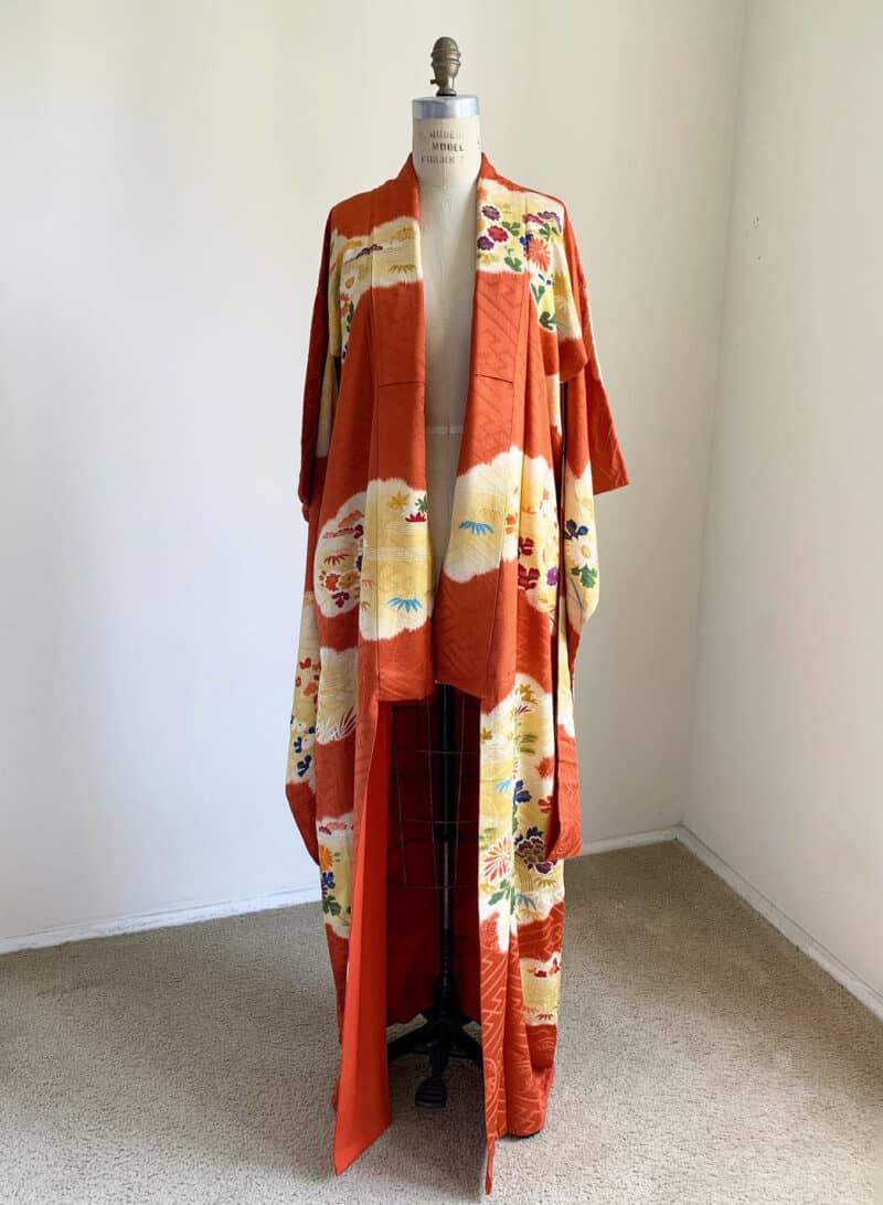 Vintage 1920s Japanese silk Furisode kimono