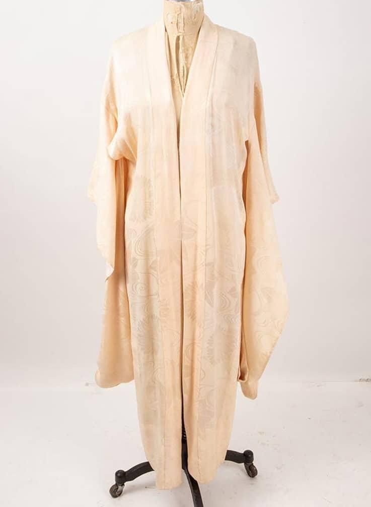 Vintage Japanese silk Kimono : 1930s Water lily damask Juban Furisode sleeve dressing gown robe