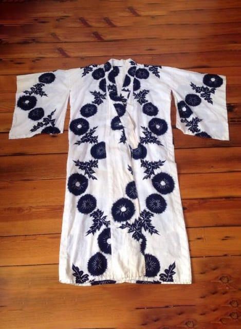 Vintage Traditional Japanese Kimono Yukata Blue White Floral Print Cotton