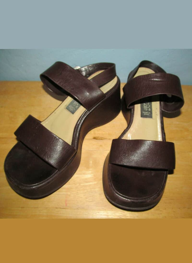 Kenneth Cole Women's 7 Vintage 1990s Brown Spanish Leather Platform Sandals