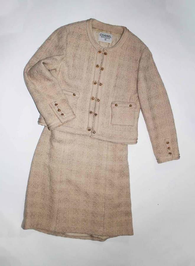 Vintage-Chanel-Tweed-Suit-20210205221228