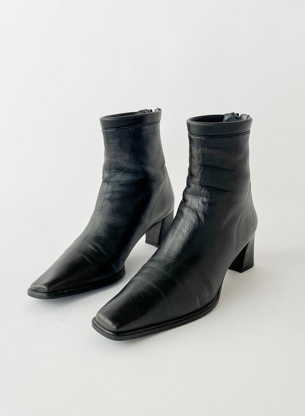 Black-Square-Toe-Ankle-Boots--6--20210403070349