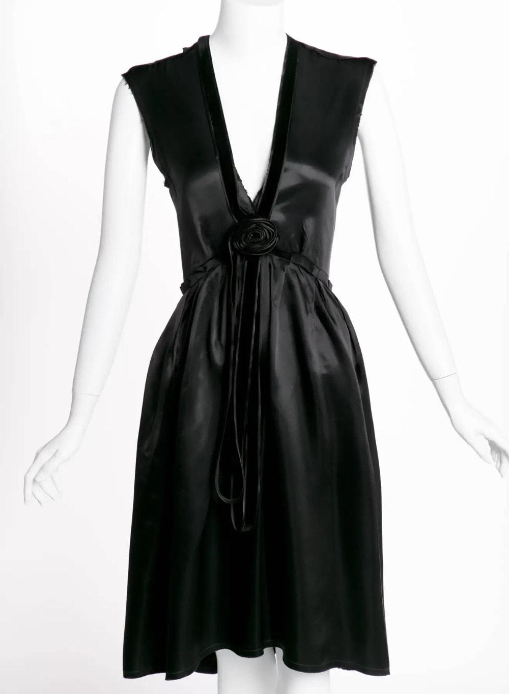 Lanvin Alber Elbaz Plunge Neck Black Satin Velvet Necklace Dress Runway, 2005