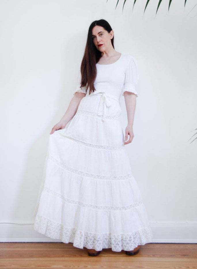 Vintage White Cotton Lace Mexican Wedding Dress Kaftan Oaxaca Dress 70's