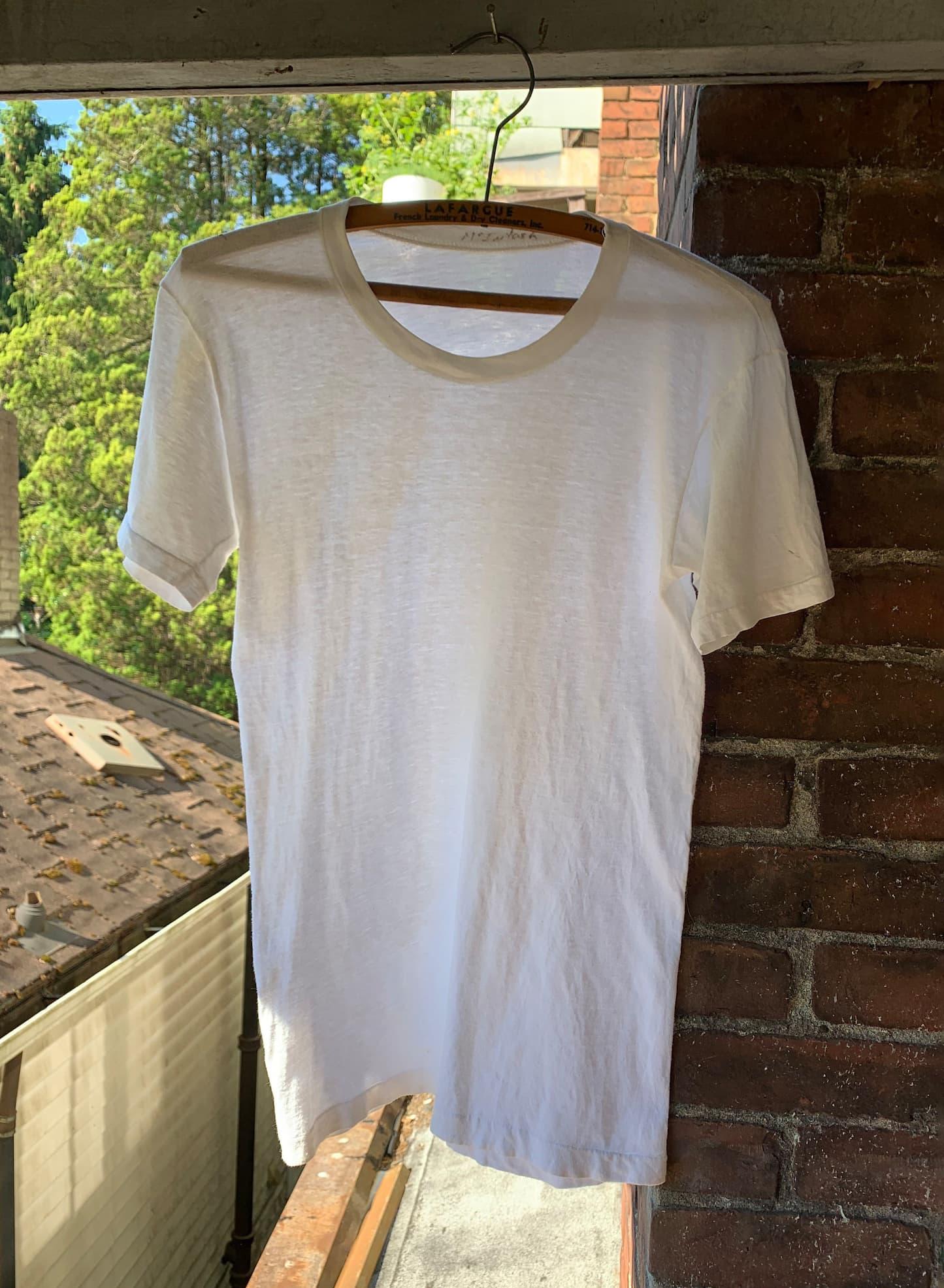 Vintage 80s White T-Shirt - Paper Thin - Single Stitched - Threadbare White T - Medium