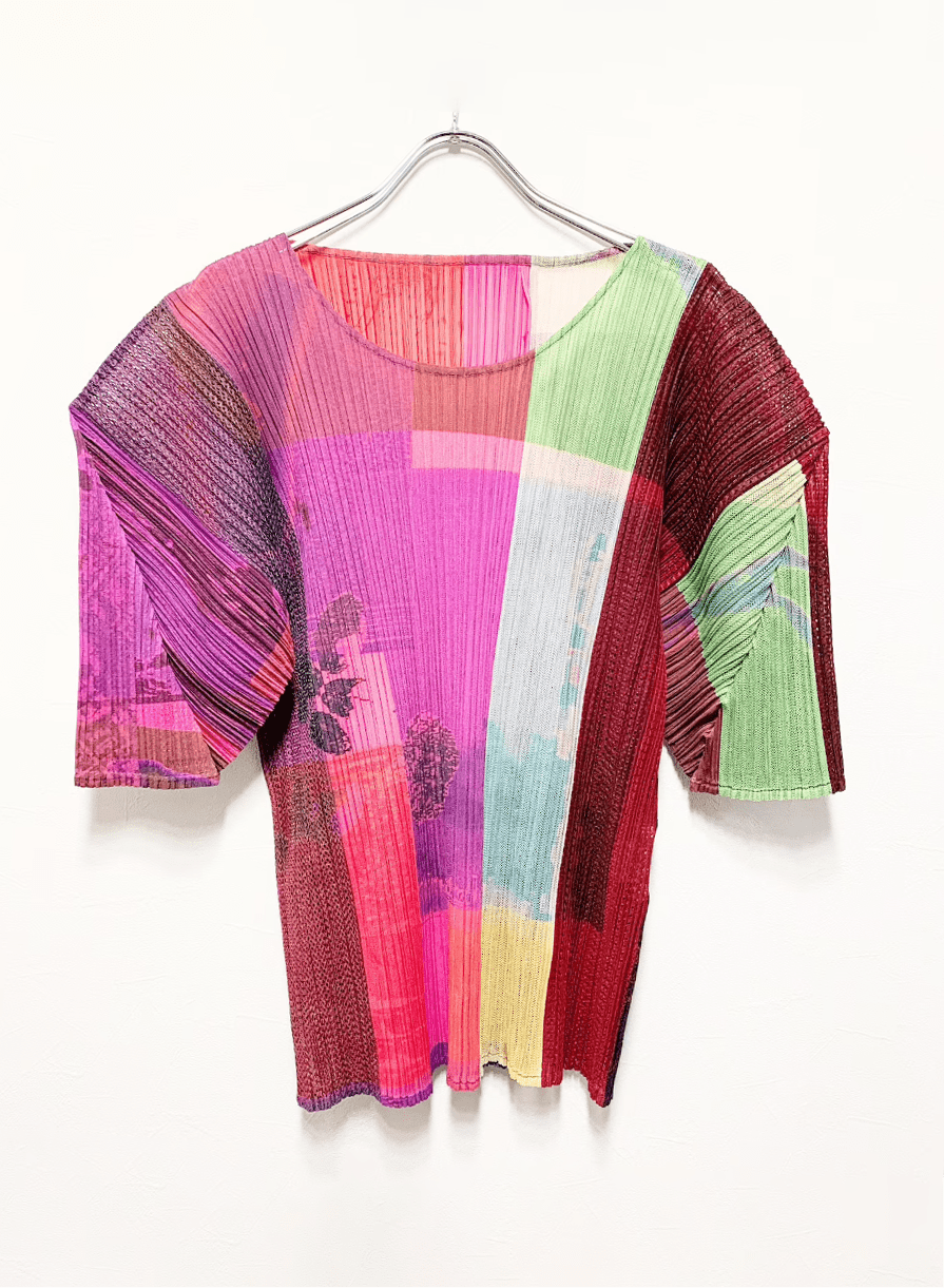 PLEATS PLEASE Issey Miyake Graphic print Pleated Mesh _ Etsy