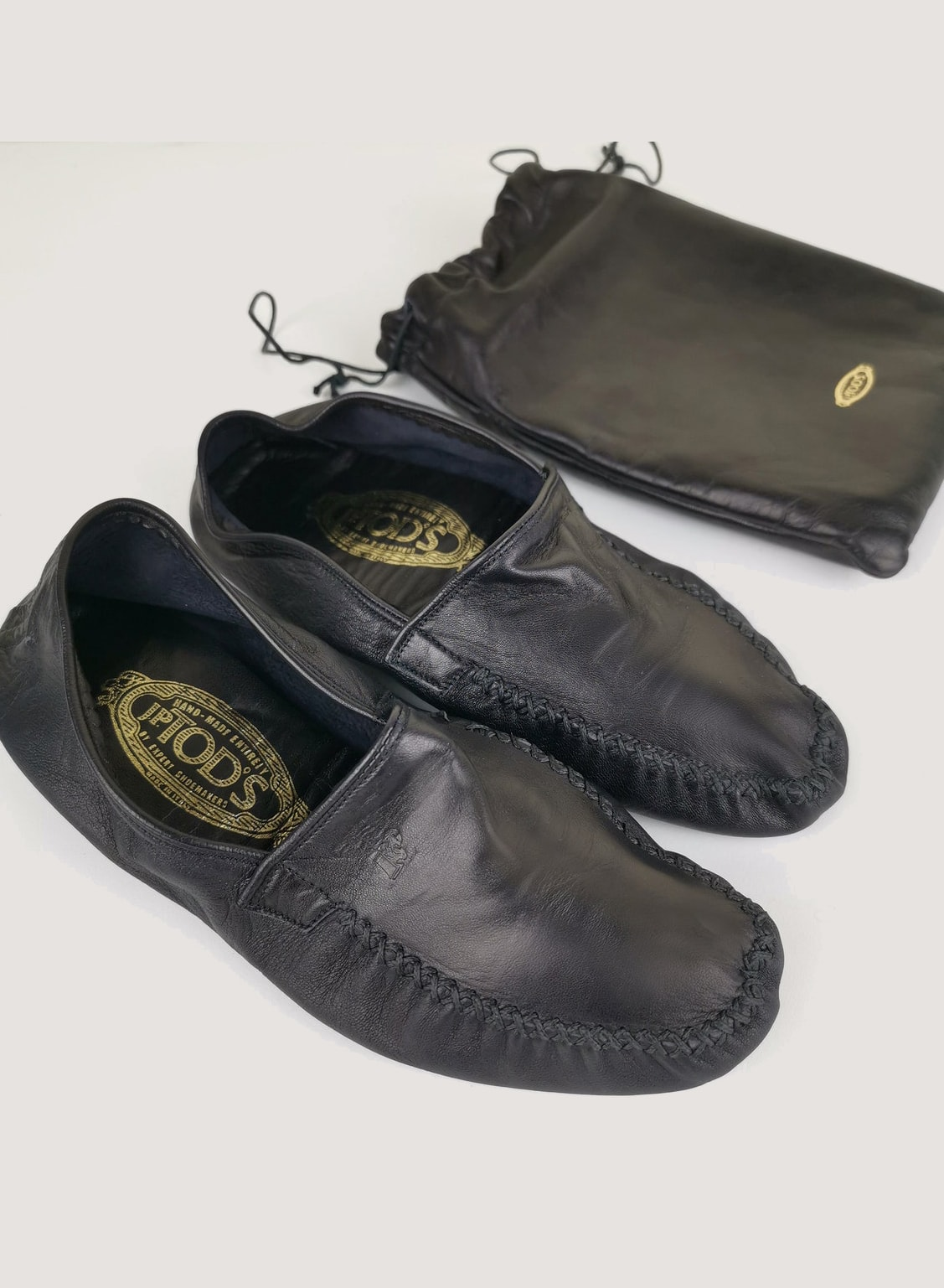 TODS travel slippers, foldable in butter-soft black leather, size 37, US 7, with leather bag, vintage, very good condition